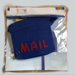 Felt Role Play Sending Mail Kit Ages 3+